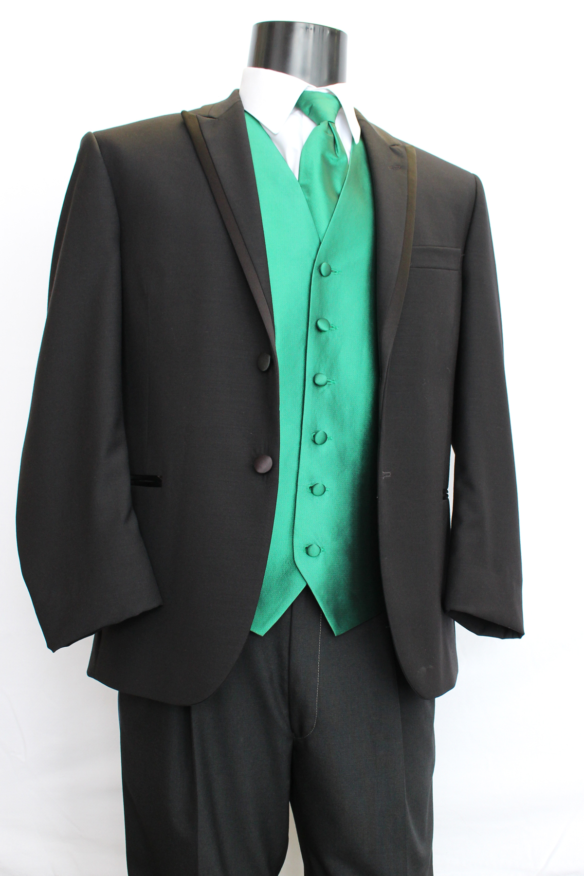 Arthur\'s Formal Wear » Prom & School Events